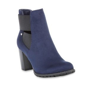 Attention Navy Suede Bootie Size 9